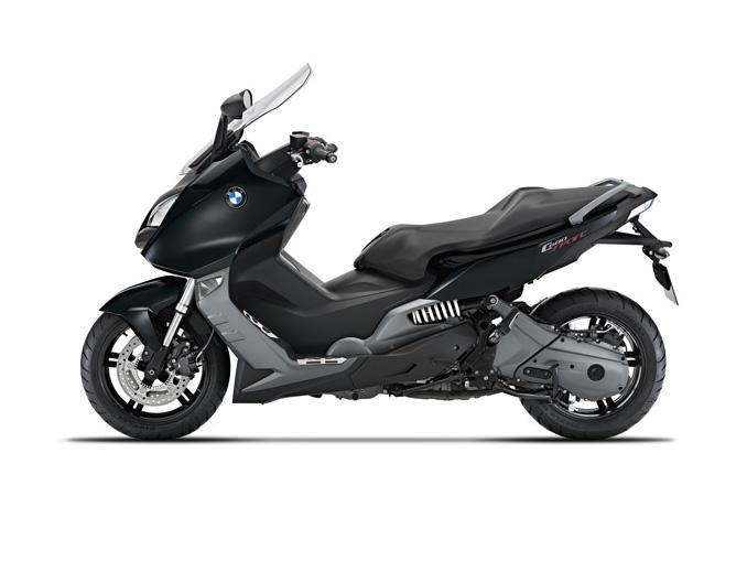 In schwarz macht die BMW die beste Figur