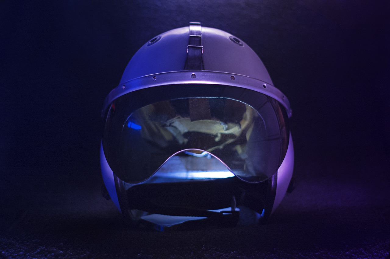 Der Motorradhelm der Zukunft: Vision oder Illusion?