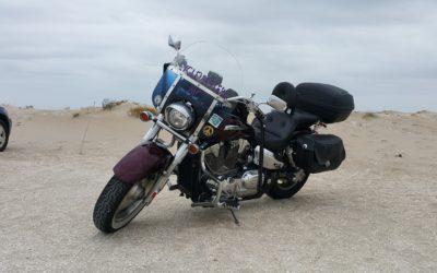 Motorradunternehmungen im Sommer, mit denen Du auch die Partnerin aufs Bike holst – garantiert!