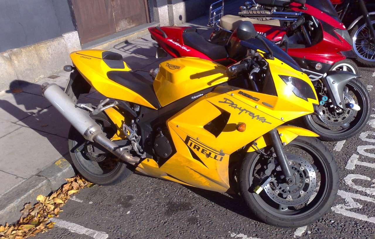 Geschwisterrivalität unter Motorrädern - 600 oder 1000 cc?