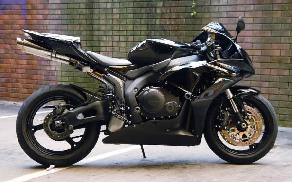 600 oder 1000cc - Honda CBR1000RR