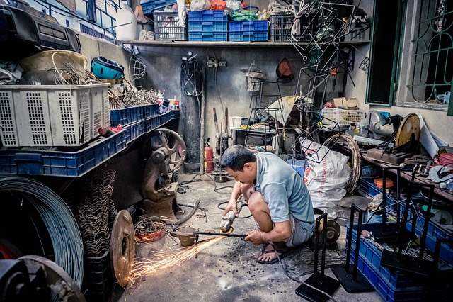 Fachwerkstatt oder freie Werkstatt - der gute Kumpel