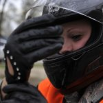 Wie sinnvoll ist das Tragen einer Warnweste für Motorradfahrer?